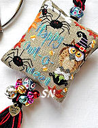 Barbara Ana Owl-o-Ween Scissor Fob - click for more