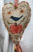 Island Cottage Pumpkin Harvest Hanging Heart - click for more