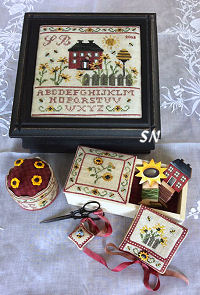 Mani Di Donna Sunflowers Cottage Sewing Box - click to see more