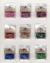 Magnifica beads from Mill Hill -- Click this image to see a larger view.