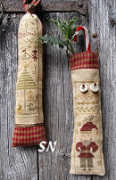 Primitive Christmas - Little Sausage Ornaments! from Nikyscreations - click to see more