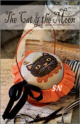 CS242 The Cat & the Moon from With Thy Needle & Thread - click for more